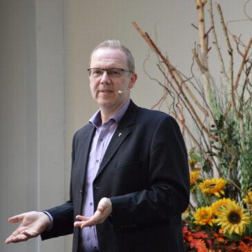 """Michael Pöpel wird Pastor der FeG Wiesloch-Walldorf – """"Andere auf ihrem Weg begleiten, zu finden, was Gott für sie vorgesehen hat"""""""